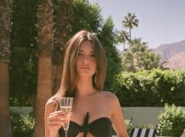 Emily Ratajkowski flaunts her figure in swimwear