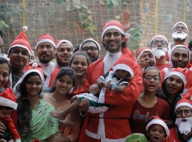 Santa Charity Dash With Kunal Kapoor