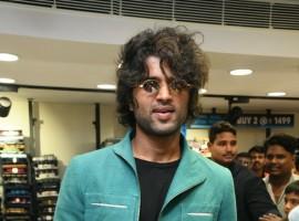 Vijay Devarakonda at a Mall Launch