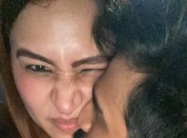 Vishnu Vishal Kisses Jwala Gutta