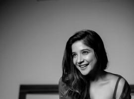 Sakshi Agarwal Bold Photoshoot