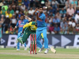 Put in to bat, Shikhar Dhawan (72) hammered the South African bowlers all around the park and helped India to post a massive 203/5 before pacer Bhuvneshwar Kumar (5/24) wreaked havoc in the South African batting line-up to take a crucial 1-0 lead in the three-match series. With this bowling stats, Bhuvneshwar also became the first Indian bowler to take five wickets in each of the three formats (four times in Tests and once each in One Day Internationals and T20Is).