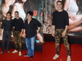 Akshay Kumar with his friends and filmmakers Sajid Nadiadwala and Sajid Khan at Baaghi 2 special screening.