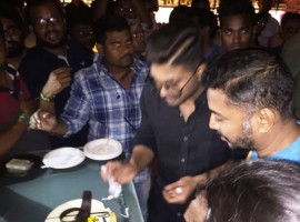 Tollywood superstar Aamir Khan, who turns 36 on (April 8), celebrated his birthday with media in advance.