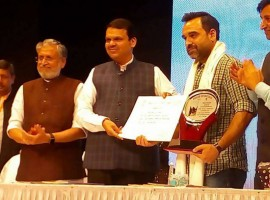 The actor was awarded this honour at a prestigious venue in Mumbai. He received this praise for his 'Excellence in Cinema' and expanse of work in the industry. He was chosen for the same by the Bihar Foundations, Mumbai Chapter. They award and recognize citizens from Bihar who are making a mark and name for themselves in Mumbai. When asked about receiving the award, Mr. Tripathi stated,