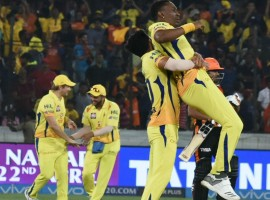 Chennai Super Kings (CSK) pipped Sunrisers Hyderabad by four runs at the Rajiv Gandhi International Stadium here on Sunday to return to the top of the Indian Premier League (IPL) table. Chasing a challenging 183-run target, Hyderabad skipper Kane Williamson (84) and Yusuf Pathan (45 off 27) put up a good fight but fell short. SRH were off to a disastrous start losing three wickets for just 22 runs in 4.2 overs. Young medium pacer Deepak Chahar gave the early jolts to the hosts after bagging the wickets of opener Ricky Bhui (0), Manish Pandey (0) and Deepak Hooda (1).
