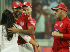 Kings XI Punjab pipped Delhi Daredevils by four runs in the 22nd match of the Indian Premier League (IPL) here at the Feroz Shah Kotla Cricket stadium on Monday. The nail-biting win over Delhi also lifted Punjab to the top spot in the points table. Chasing a paltry 144-run target, lack of big partnerships hurt Delhi as they suffered a hattrick of defeats in this year's edition of the cash-rich league. Delhi started their proceedings on a shaky note as pacer Ankit Rajpoot came with the first breakthrough for Punjab in the third over, dismissing opener Prithvi Shaw for 22 runs. Incoming batter Glen Maxwell (12) and skipper Gautam Gambhir (4) once again struggled to gather runs as both were back in the dug-out in the fifth and sixth over respectively, leaving Delhi at 42/3.