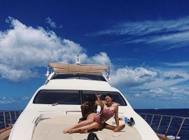 Reality TV star Kylie Jenner is bouncing back to her pre-pregnancy body just three months after giving birth to daughter Stormi Webster. The proud mother, 20, shared a photograph of her beach body on Instagram on Tuesday, while aboard a yacht with boyfriend Travis Scott. The couple is currently vacationing in Turks and Caicos with their daughter.