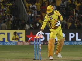 Chennai Super Kings knocked out Kings XI Punjab from the play-offs race of the Indian Premier League (IPL), outplaying them in the last league match by five wickets here on Sunday. In order to qualify for the play-offs, Punjab had to win this game by 53 runs or more but the visitors failed in doing so and thus got knocked out of the play-offs. With this result, Rajasthan Royals became the fourth team to progress to the next stage with 14 points. Sunrisers Hyderabad, Kolkata Knight Riders and Chennai are the other three teams. Put in to bat, Chennai bowlers did a fantastic job to bundle out Punjab for 153. After that, Suresh Raina (61 not out), who played sensibly throughout the innings and Deepak Chahar (39) along with other batters helped Chennai to complete the chase in the 19/1 overs. Chennai got off to a bad start, losing opener Ambati Rayudu (1) in the second over. After adding 24 runs to the total with new batsman Suresh Raina (61 not out), opener Faf du Plesis (14) also departed in the fifth over. In the same over, Sam Billings (0) was also sent packing by Ankit Rajpoot.