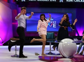 'Veeres' Kareena Kapoor Khan, Sonam Kapoor, Swara Bhaskar and Shikha Talsania as they grace Kent Cricket Live with their ever-elegant presence on the 23rd of May and 24th of MAY 2018, 5.p.m. onwards. The four Bollywood leading ladies join Star Sports #SelectDugout experts 'Binga' Brett Lee and Darren Sammy, and Star Sports Anchor Aparshakti Khurana in a fun filled segment rife with excitement and activity. The episode showcases the 'Veeres' having a gala time with the two cricketers as they teach Brett Lee and Darren Sammy some groovy Bollywood dance steps, play Dumb Charades and take part in an umpiring signal quiz. The episode also includes the Veeres hosting a fun relationship quiz with and Brett Lee, Michael Clarke, Irfan Pathan and Graeme Smith. Watch how Brett Lee wins the relationship quiz because of his thoughtful answers only on Star Sports network! Veere Di Wedding is said to be a coming of age story revolving around four friends. The film is slated for release on June 1st, 2018.