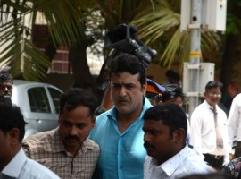 Bollywood actor Armaan Kohli, who is accused of assaulting his girlfriend, has been sent to judicial custody till June 26. The Bandra Court on Wednesday also rejected his bail application. The actor was arrested by Mumbai Police on Tuesday after his girlfriend, Neeru Randhawa, accused him of physically assaulting her. Furthermore, Randhawa was admitted to Kokilaben Dhirubhai Ambani hospital here on the same day.