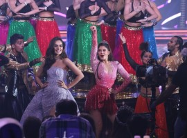 Miss India 2018 finale witnessed power-packed performances by Bollywood divas like Kareena Kapoor Khan, Madhuri Dixit Nene, Jacqueline Fernandez, Manushi Chillar, Neha Dhupia and Rakul Preet Singh. The event was hosted by Karan Johar and Ayushmann Khurrana. 30 participants contested for the title of Miss India 2018. The winner, Anukreethy Vas will now represent India at Miss World 2018. The first runner-up is Meenakshi Chaudhary from Haryana and the second runner-up is Shreya Rao Kamavarapu from Andhra Pradesh. The two runners-up will represent the country at Miss Grand International 2018 and Miss United Continents 2018 respectively.