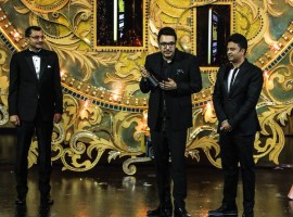 Actor Irrfan Khan and late veteran actress Sridevi were named the Best Actors at the 19th edition of the IIFA Awards, for their remarkable work in films
