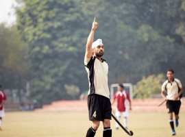 Sandeep Singh's inspiring story has had the makers keen to bring his life on the silver screen. Soorma will feature Diljit Dosanjh essaying the role of Sandeep Singh alongside Taapsee Pannu and Angad Bedi in the pivotal roles. Produced by Sony Pictures Networks Productions, Chitrangda Singh, and Deepak Singh, Soorma is written & directed by Shaad Ali and is slated to release on 13th July, 2018. The trailer of the film had garnered immense appreciation from across the audience. It is an inspiring true story of the human spirit, about a player, who made headlines for his miraculous comeback after an unfortunate accident.