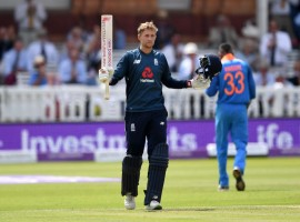England dominated with both bat and ball to defeat India by 86 runs in the second One-Day International (ODI) at Lord's here on Saturday. Having posted a total of 322/7 in their 50 overs, England proceeded to dismiss the visitors for 236 runs. The hosts have now levelled the three-match series at 1-1. India had thrashed England by eight wickets in the series opener. The only bright spot for India was the fact that former captain Mahendra Singh Dhoni reached two personal milestones during the game by completing 10,000 runs and 300 catches. The veteran star joined Sachin Tendulkar, Sourav Ganguly and Rahul Dravid as the only Indians reach the 10,000-run mark in ODIs. Dhoni is currently on 10,004 ODI runs. Sachin tops the list among Indians with 18,426 runs, Ganguly is second with 11,221 while Dravid is third at 10,768.