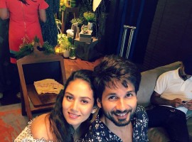Bollywood star Shahid Kapoor has treated his fans with some special moments from his and wife Mira Rajput Kapoor's second baby shower. The couple, who is all set to become proud parents for the second time, hosted the party on Sunday afternoon. The 'Padmaavat' star today took to social media to share an adorable picture with his loving wife.