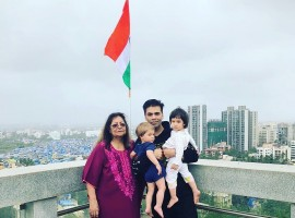 Karan Johar celebrates Independence Day with Roohi-Yash