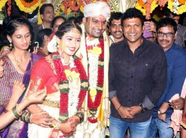 Puneeth Rajkumar at Pavan Wadeyar and Apeksha Purohith marriage