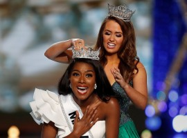 Nia Franklin wins Miss America 2019