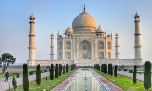 25. Agra