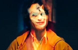 first-look-joaquin-phoenix-joker-out