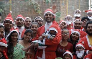 santa-charity-dash-kunal-kapoor