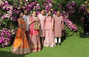 pics-akash-ambani-shloka-mehta-wedding-celebrations-kick-off-jio-world-centre
