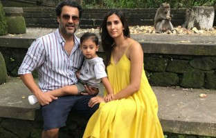 director-abhishek-kapoor-producer-wife-pragya-kapoor-took-time-off-after-wrapping-kedarnaths