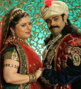 The show will see the much-awaited comeback of Delnaazz Irani as 'Rani Sahiba'. The character's return will become even more memorable as Rani Sahiba will be seen celebrating the auspicious occasion of 'Karva Chauth' with 'Shehenshah Akbar'. The special episode will be aired on 19th October at 7:00PM.