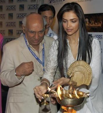 Yash Chopra, Deepika Padukone