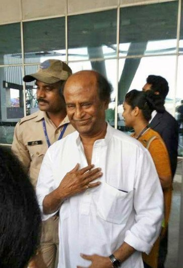 Rajinikanth,Superstar Rajinikanth,2.0 first look,2.0 first look launch,2.0 launch,Rajinikanth spotted at Mumbai airport,Rajinikanth in Mumbai,Rajini,2.0 first look launch pics,2.0 first look launch images,2.0 first look launch photos,2.0 first look launch