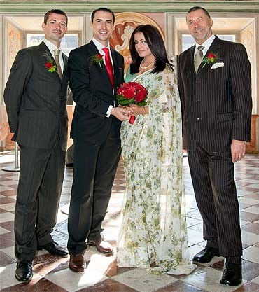 Bollywood actress Celina Jaitley married to her boyfriend Peter Haag.