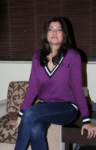 Sushmita Sen and Esha Deol At A Spa Launch,Sushmita Sen,actress Sushmita Sen,Esha Deol,actress Esha Deol,Spa Launch