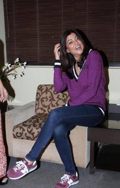 Sushmita Sen and Esha Deol At A Spa Launch,Sushmita Sen,actress Sushmita Sen,Esha Deol,actress Esha Deol,Spa Launch
