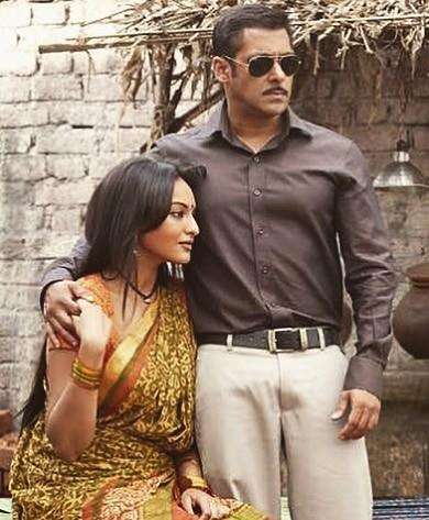 Sonakshi Sinha,Sonakshi Sinha with Salman Khan,Salman Khan,Sonakshi Sinha Dabangg,Dabangg,Sonakshi Sinha shares throwback picture