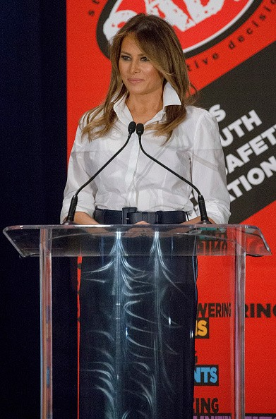 US First Lady Melania Trump,Melania Trump,Melania trump dresses,Melania Trump at youth conference,youth conference,kindness,compassion and positivity