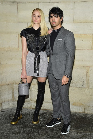 Joe Jonas and Sophie Turner,Joe Jonas,Sophie Turner,Singer Joe Jonas,actress Sophie Turner,Louis Vuitton show,Paris Fashion Week,Paris Fashion Week 2018