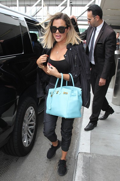 Khloe Kardashian,Khloe Kardashian pics,Khloe Kardashian spotted at LA airport,Khloe Kardashian spotted at airport,Khloe Kardashian at airport,Khloe Kardashian new pics,Khloe Kardashian new images,Khloe Kardashian new stills,Khloe Kardashian new pictures,K