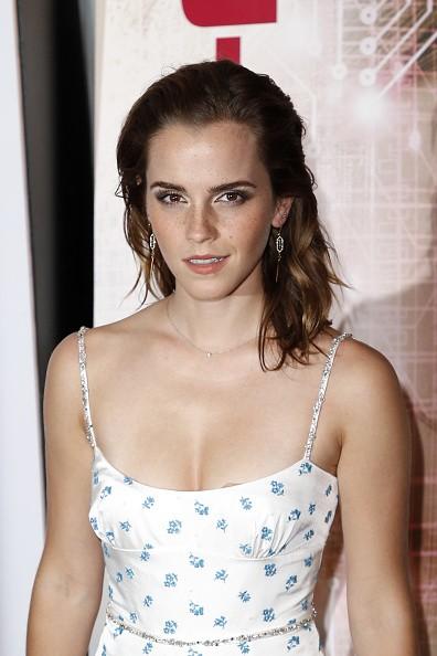 Emma Watson,Emma Watson bikini pics,Emma Watson bikini images,Emma Watson bikini stills,Emma Watson curves,Emma Watson curves pics,Emma Watson flaunts curves,Emma Watson curves pics,Emma Watson curves images,Emma Watson curves stills,Emma Watson curves pi