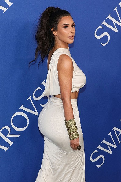 Kim Kardashian,Kim Kardashian braless,Kim Kardashian naked,2018 CFDA Fashion Awards,celebs at 2018 CFDA Fashion Awards,Kim Kardashian goes braless