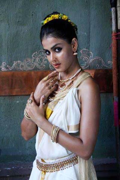 Onam,Onam Special,Onam 2015,Celebs look gorgeous in Kerala Saree,Celebs in Kerala Saree,Kerala Saree,actress in Kerala Saree,Onam special