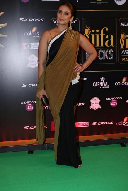 IIFA 2015: Red Carpet Pics,IIFA 2015 Red Carpet Pics,IIFA 2015 Red Carpet,IIFA 2015,IIFA Awards 2015,IIFA awards,IIFA 2015 pics,IIFA 2015 images,IIFA 2015 photos,IIFA 2015 stills