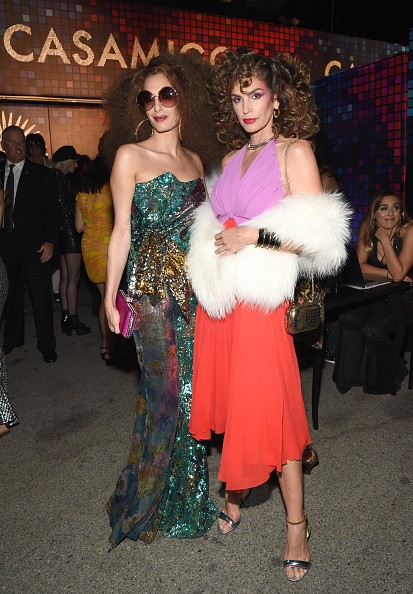 Amal Clooney and Cindy Crawford,Amal Clooney,Cindy Crawford,Casamigos Halloween Party,celebs at Casamigos Halloween Party,Casamigos Halloween Party pics,Casamigos Halloween Party images,Casamigos Halloween Party stills,Casamigos Halloween Party pictures,C
