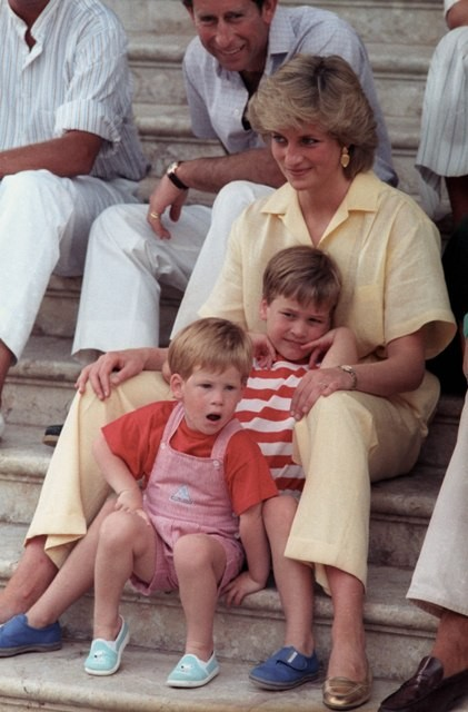 Princess diana family photos,princess diana prince charles photos,princess diana prince william photos,princess diana prince harry photos