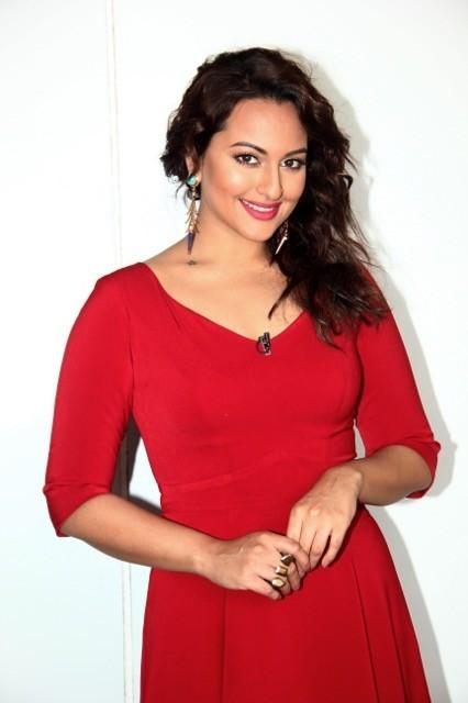Sonakshi Sinha,sonakshi indian idol judge,indian idol junior,Indian Idol Junior Season 2,sonakshi sinha photos