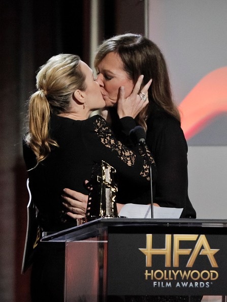 Kate Winslet and Allison Janney kiss,Kate Winslet,Allison Janney,Kate Winslet Allison Janney kiss,Kate Winslet Allison Janney lock lips,Hollywood Film Awards