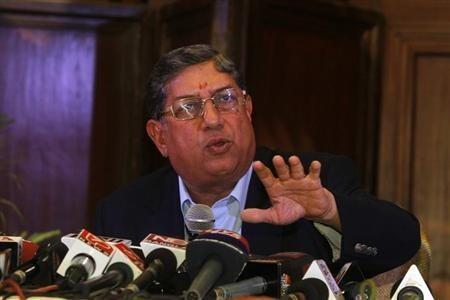 BCCI President N. Srinivasan speaks to the media during a news conference in Kolkata May 26, 2013.
