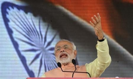 Gujarat's chief minister and Hindu nationalist Narendra Modi, the prime ministerial candidate for the Bharatiya Janata Party (BJP) addresses a rally in Patna October 27, 2013.