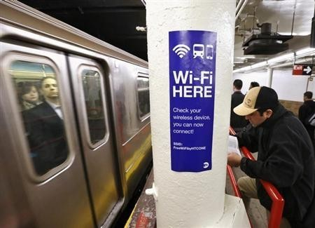 Researchers Discover First Contagious Airborne WiFi Virus