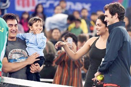 When Aishwarya Rai, Salman Khan, SRK and Other B-Town Stars Meet Foreign Celebs